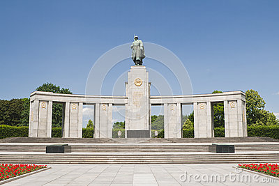 Soviet soldier monument - Berlin Germany