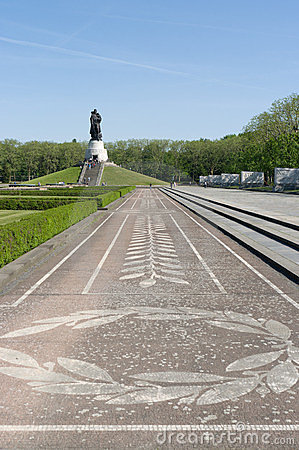 Soviet War Memorial (Treptower Park)