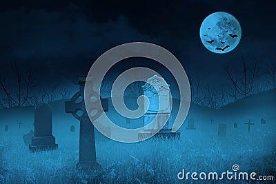Spöklik kyrkogård vid fullmånen