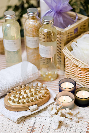 Free Spa Brush And Towel Royalty Free Stock Photography - 4024407