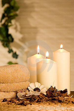 Free Spa Candles Royalty Free Stock Photo - 7201975