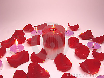 Spa candles red rose petals