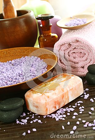 Spa composition of soap, bath salt, stones and tow