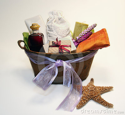 Free Spa Gift Basket Royalty Free Stock Images - 1303299