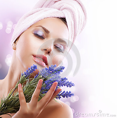 Free Spa Girl With Lavender Flowers Stock Photo - 25882410