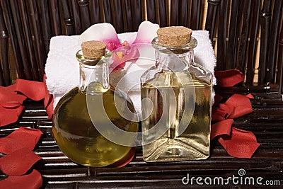 Spa massage oils
