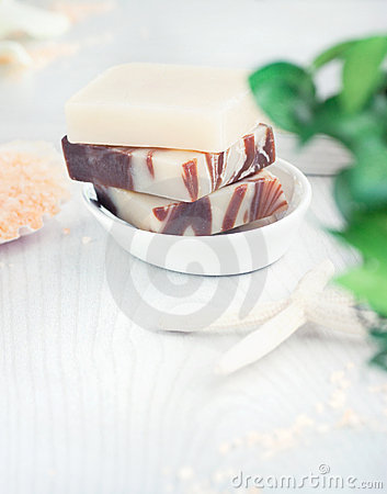 Beauty Products Online on Spa Setting With Beauty Products Royalty Free Stock Photography