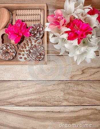 Free Spa Treatments And Massage Products. Bathroom Amenities, Top View On A Wooden Table, Decorated With Flowers. Gift Box For A Woman. Royalty Free Stock Image - 135947166
