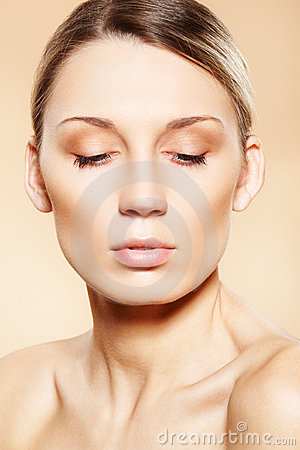 Free Spa, Wellness, Beauty And Skin Care. Clean Face Stock Image - 17527021
