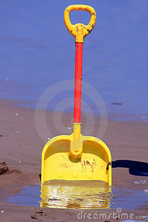 Spade on the beach