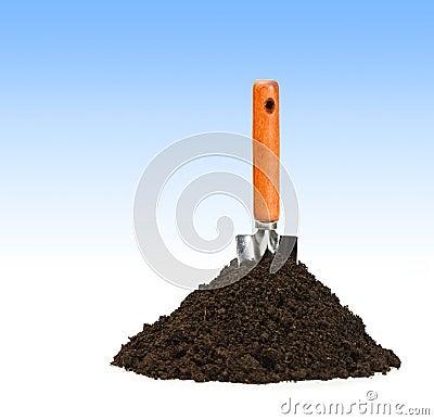 Spade and dirt