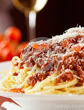 Free Spaghetti Bolognaise Royalty Free Stock Photography - 95970007
