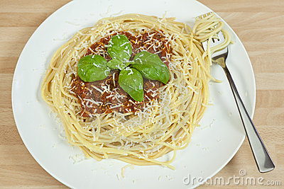 Spaghetti Bolognese, Basil Garnish,Grated Parmesan