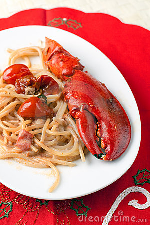 Spaghetti with Lobster and Cream