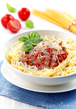 how to cook minced meat for spaghetti bolognese