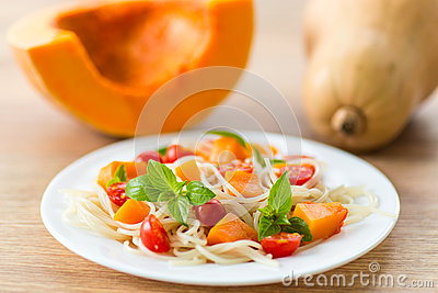 Spaghetti with pumpkin