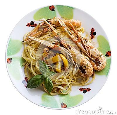 Spaghetti with scampi
