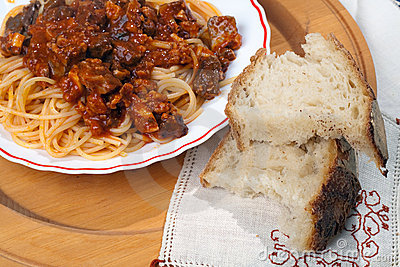 Spaghetti with Soffritto and Bread