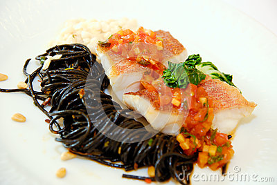 Spaghetti squid ink