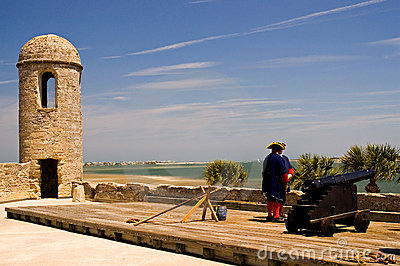 Spanish Cannon and Guards