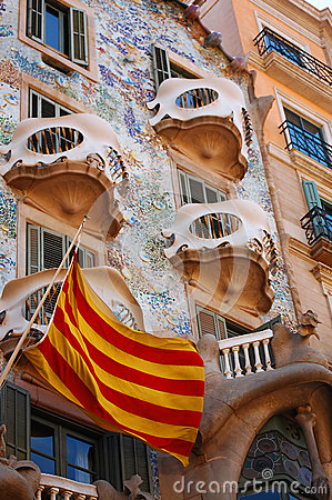 Spanish flag and casa battlo