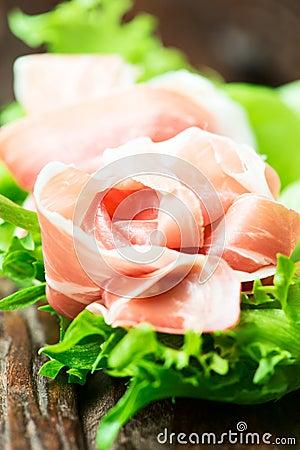 Free Spanish Serrano Ham Tapas With Greens Royalty Free Stock Images - 37062999