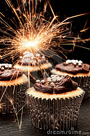 Happy Birthday Paulie! Sparkler-cupcakes-18709828