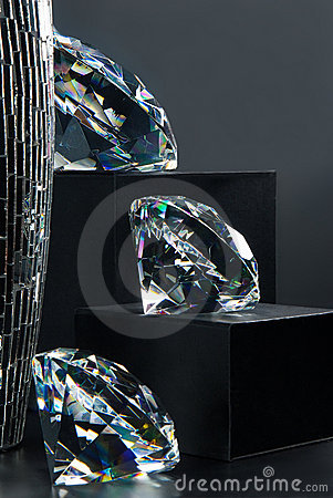 Sparkling diamonds jewel