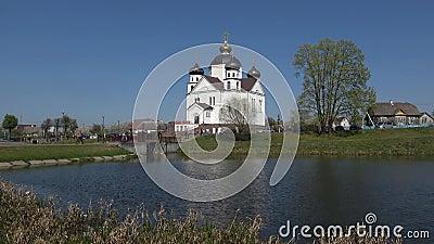Spaso-Preobrazhenskaya Church on a Sunny April Sorian, Vitryssland stock video