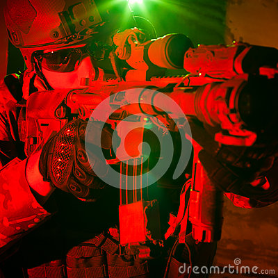 Free Special Forces Soldier During Night Mission Stock Photography - 44762122