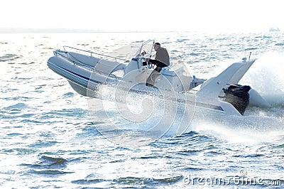 Speedboat 17