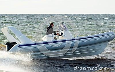 Speedboat 25