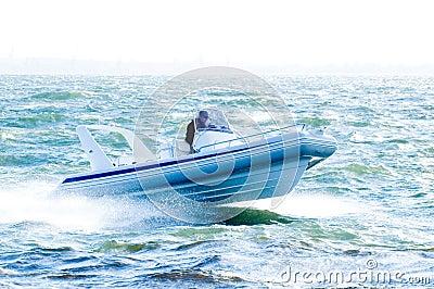 Speedboat 26
