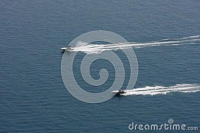 Speedboats racing