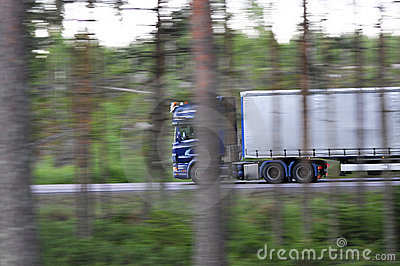 Speeding lorry
