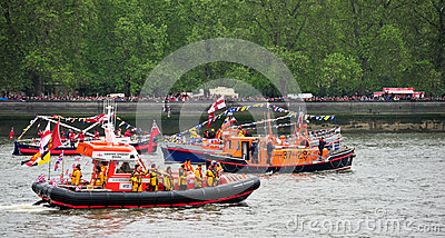 Spettacolo di giubileo di diamante delle barche di RNLI Fotografia Stock Editoriale