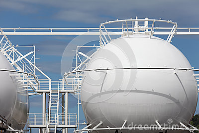 Sphere storage tank