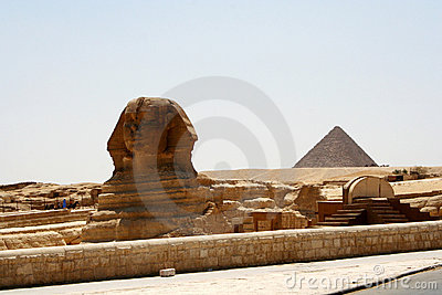 Sphinx and Chefren pyramid