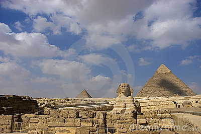 Sphinx and Great Pyramid Giza, Cairo Egypt Travel