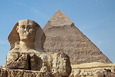 Sphinx and Keops pyramid in Giza