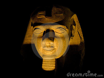 A sphinx by night.
