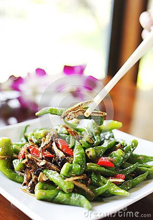 Spicy dried fish