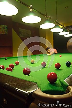 Spielen von Snooker