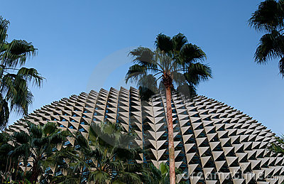 Spiky profile of Esplanade Theatre, Singapore