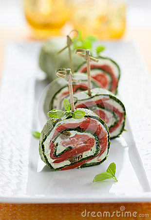 Spinach and Smoked Salmon Roll