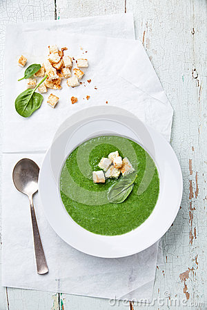 Free Spinach Soup Royalty Free Stock Photography - 30353917