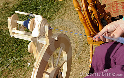 Spinning Yarn 3