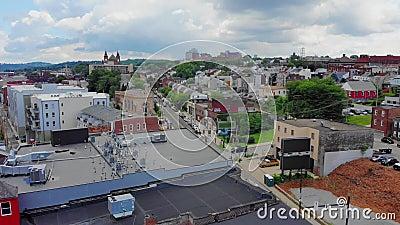 Spinta aerea inversa lenta che stabilisce colpo di Lawrenceville Pensilvania archivi video