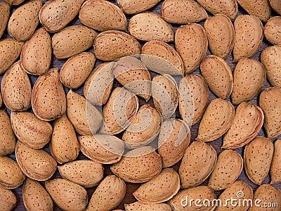 Spiral almonds