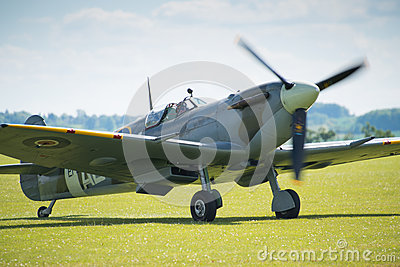 Spitfire Editorial Photography